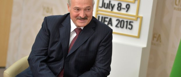 vladimir_putin_and_aleksandr_lukashenko_brics_summit_2015_04